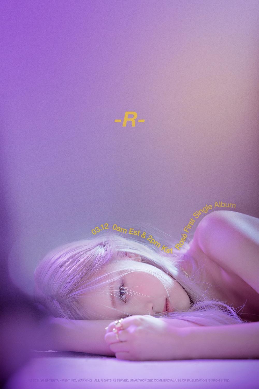 """Rosé (BlackPink) nhuộm tóc bạch kim trong lần debut solo: Nhan sắc """"chạm nóc"""", khó ai đọ được Ảnh 2"""