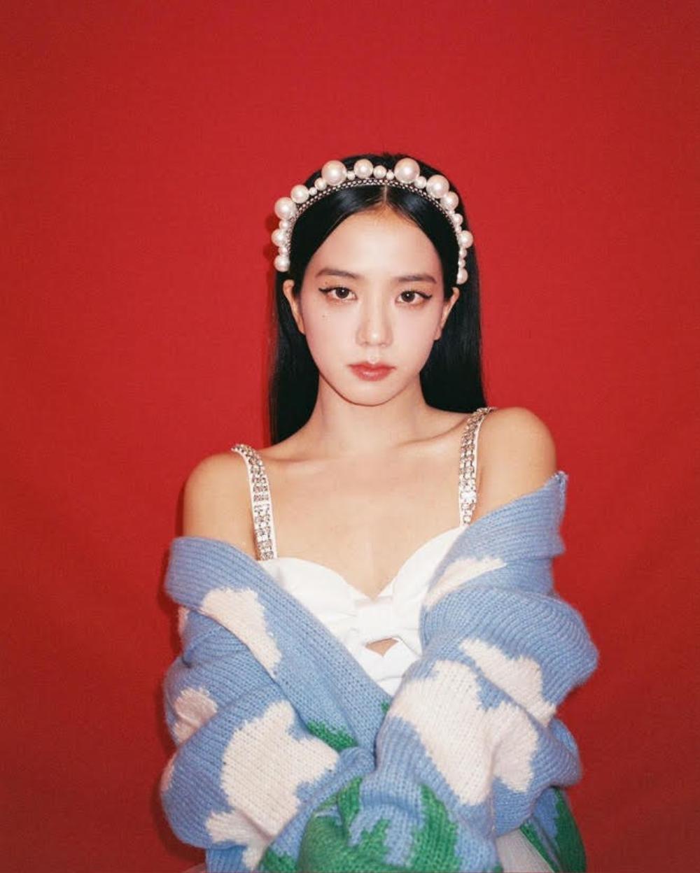"""Rosé (BlackPink) nhuộm tóc bạch kim trong lần debut solo: Nhan sắc """"chạm nóc"""", khó ai đọ được Ảnh 3"""