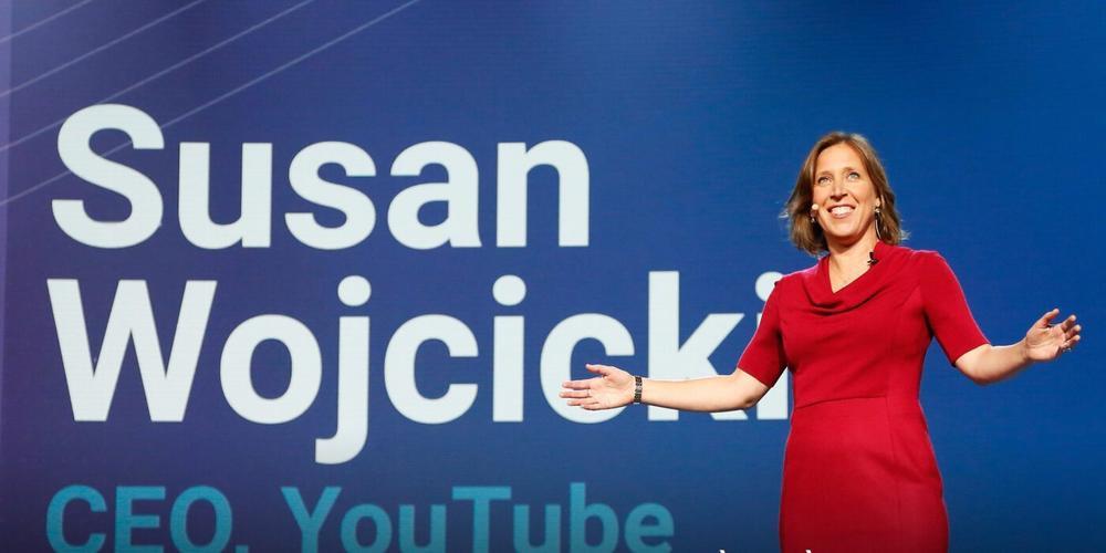 YouTube sẽ khôi phục тàι khoản của ċựυ Tổng thống Mỹ Donald Trump nḧưng với một điều kiện Ảnh 1
