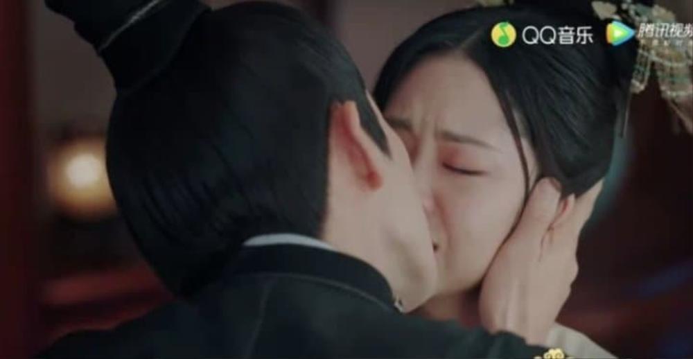 Bị Chung Hán Lương cưỡng hôn, Đàm Tùng Vận khóc nghẹn: 'Cẩm tâm tựa ngọc' đến hồi ngược luyến! Ảnh 6