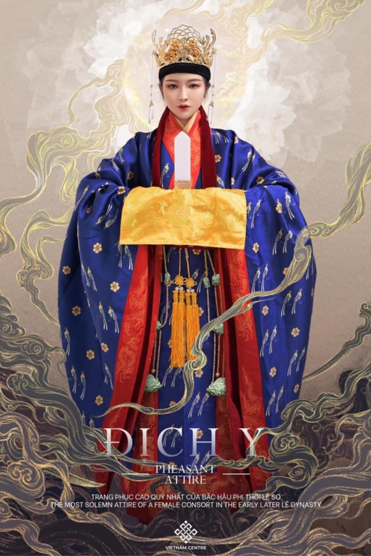 Trang phục Dương Vân Nga của Hoa hậu Khánh Vân bị fan chê tơi tả Ảnh 6