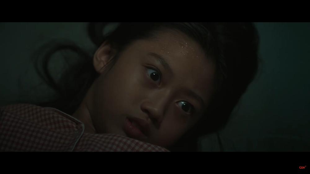 Sau 'Thiên linh cái', Quang Tuấn lại sống trong ngôi nhà ma ám trong phim kinh dị 'Bóng đè' Ảnh 8