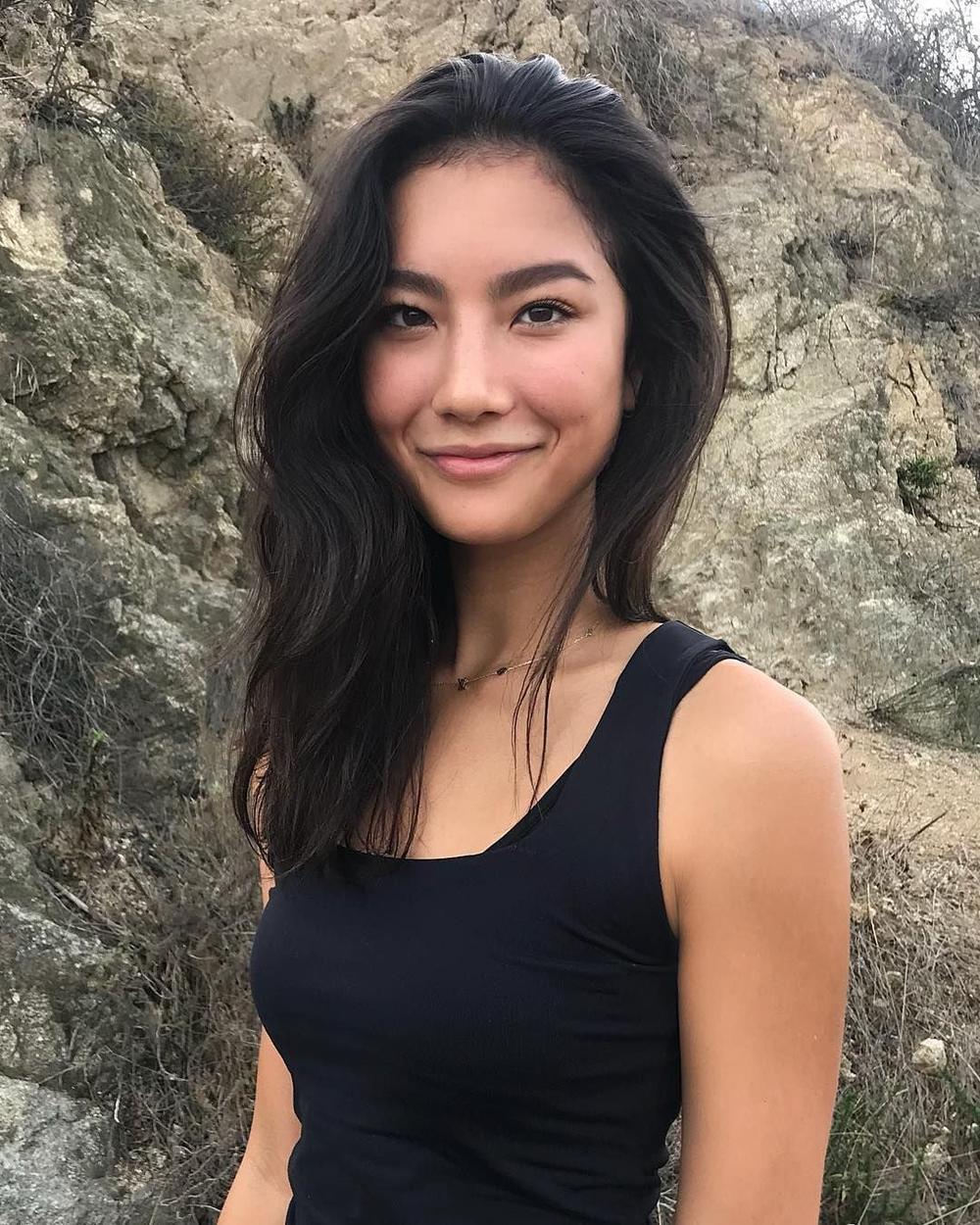 Chân dung Adeline Rudolph - nữ diễn viên vào vai siêu anh hùng người Hàn Quốc Cindy Moon Trong Silk Ảnh 7