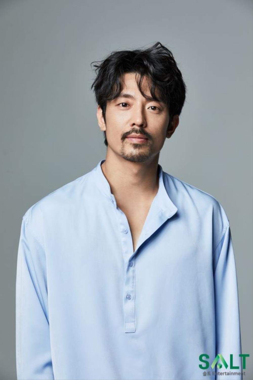 Song Hye Kyo yêu say đắm Jang Ki Yong trong phim mới của biên kịch 'Misty' Ảnh 3