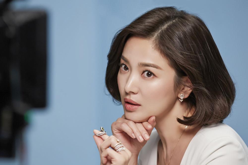 Song Hye Kyo yêu say đắm Jang Ki Yong trong phim mới của biên kịch 'Misty' Ảnh 5
