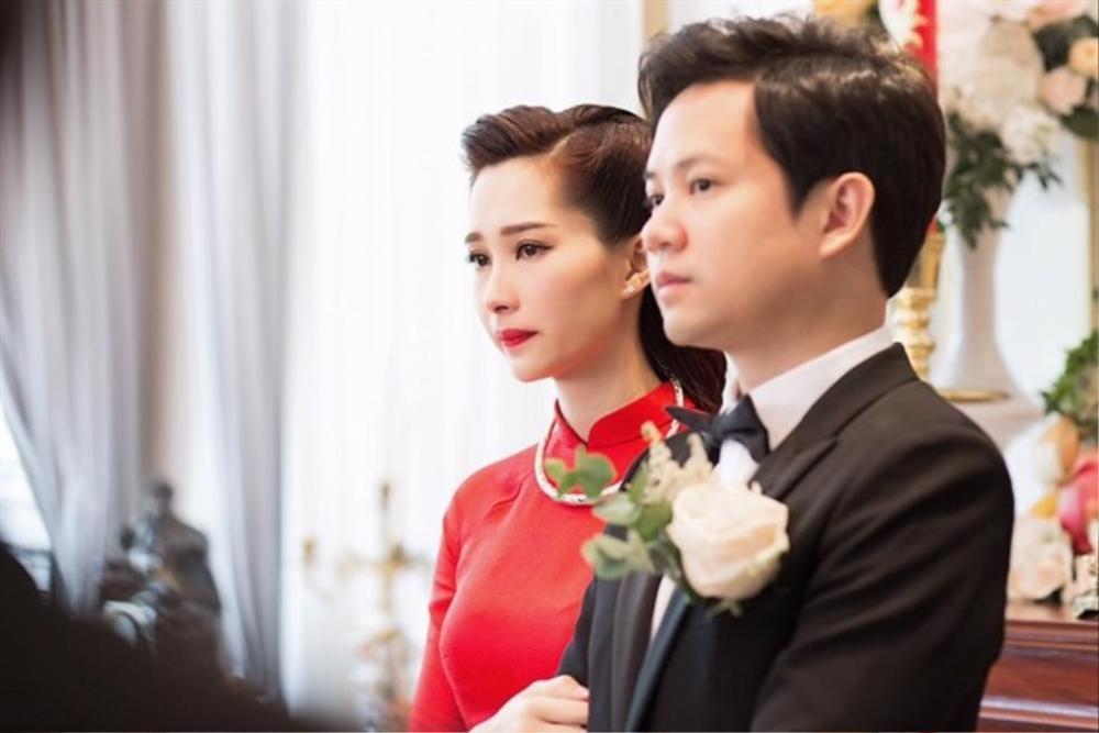 Đông Nhi - Đặng Thu Thảo - Nhã Phương đều được chuyên gia Minh Lộc trang điểm ở đám cưới thế kỷ Ảnh 7