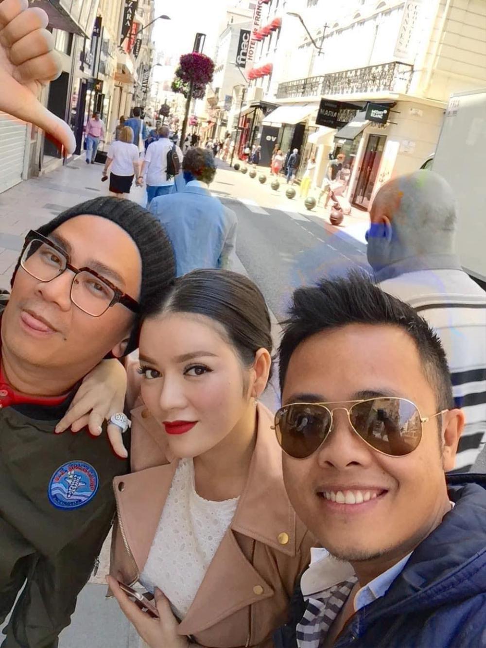 Phan Minh Lộc được yêu quý vì tận tâm với nghề: Chạy theo xe để dặm phấn cho Lý Nhã Kỳ tại LHP Cannes Ảnh 6