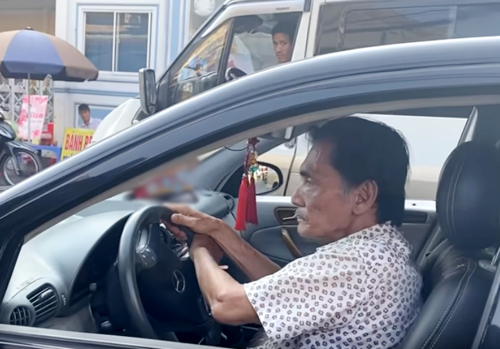 Nghệ sĩ Thương Tín cho thuê xe hơi được tặng để lấy tiền chi tiêu Ảnh 2