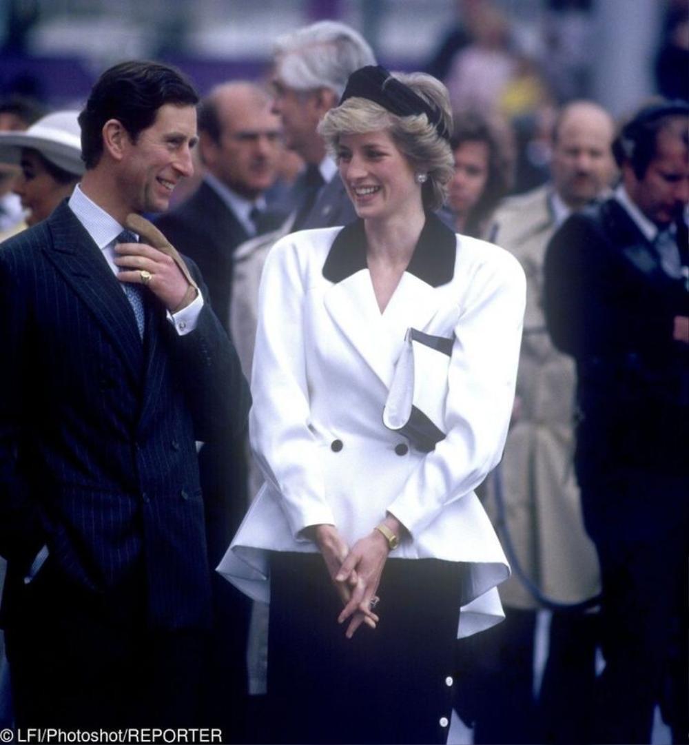 10 trang phục cho thấy Công nương Diana là fashionista đi trước thời đại Ảnh 1