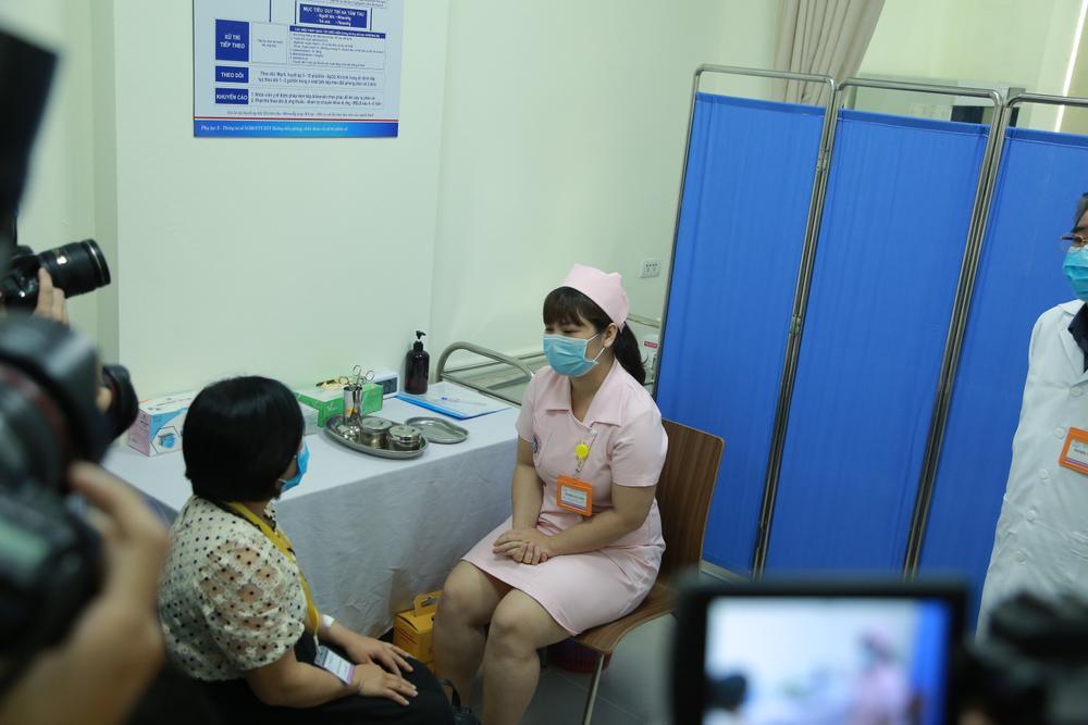 """Tiến hành tiêm thử nghiệm vaccine Covid-19 """"made in Vietnam"""" trên 6 tình nguyện viên đầu tiên Ảnh 7"""