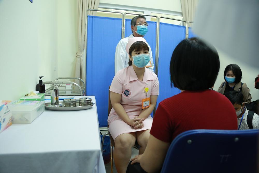 """Tiến hành tiêm thử nghiệm vaccine Covid-19 """"made in Vietnam"""" trên 6 tình nguyện viên đầu tiên Ảnh 6"""