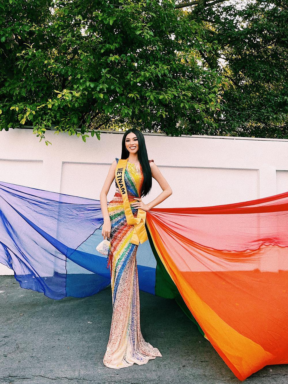 Ngọc Thảo diện váy cờ lục sắc ủng hộ cộng đồng LGBT nổi bật tại Miss Grand: Nước cờ khéo như H'Hen Niê! Ảnh 1