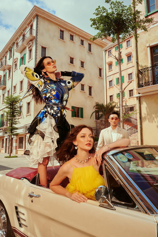 Váy đầm rực rỡ mang phong cách Địa Trung Hải cho ngày hè tỏa sáng Ảnh 3