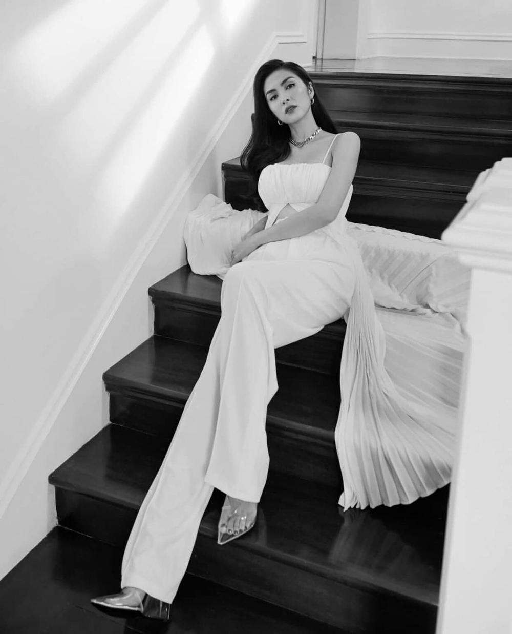 Tăng Thanh Hà khiến fan gục ngã với vẻ đẹp nữ thần trong set đồ trắng kiêu sa Ảnh 1