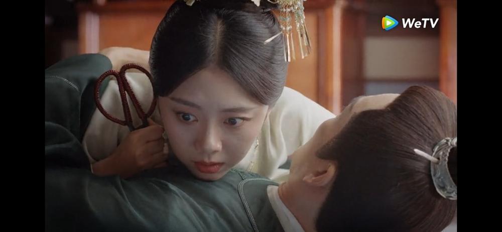 Đàm Tùng Vận ghét Chung Hán Lương chỉ vì 'già nua' không hợp đóng cảnh hôn, nam diễn viên lên tiếng! Ảnh 5