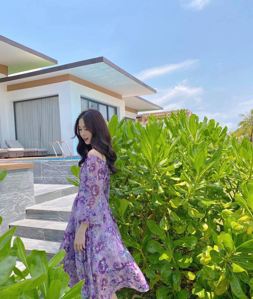 Hoa hậu Đặng Thu Thảo đẹp ngất ngây với váy tím mộng mơ Ảnh 2