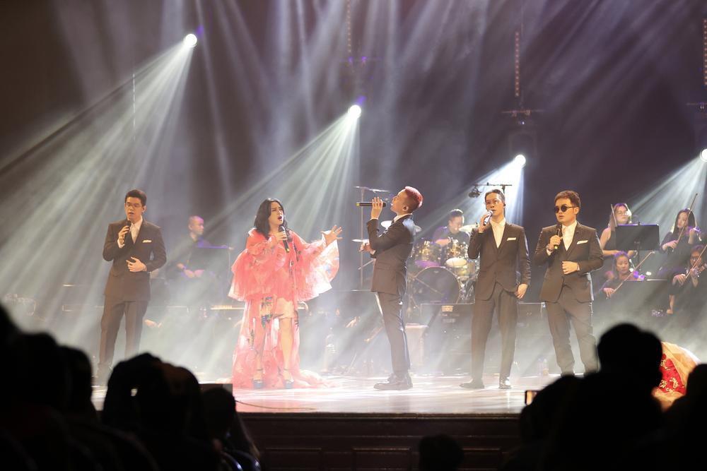Thanh Lam hồn nhiên 'show ân ái', tỏ tình bạn trai trên sân khấu liveshow:'Em mang tình anh đến trọn đời' Ảnh 15