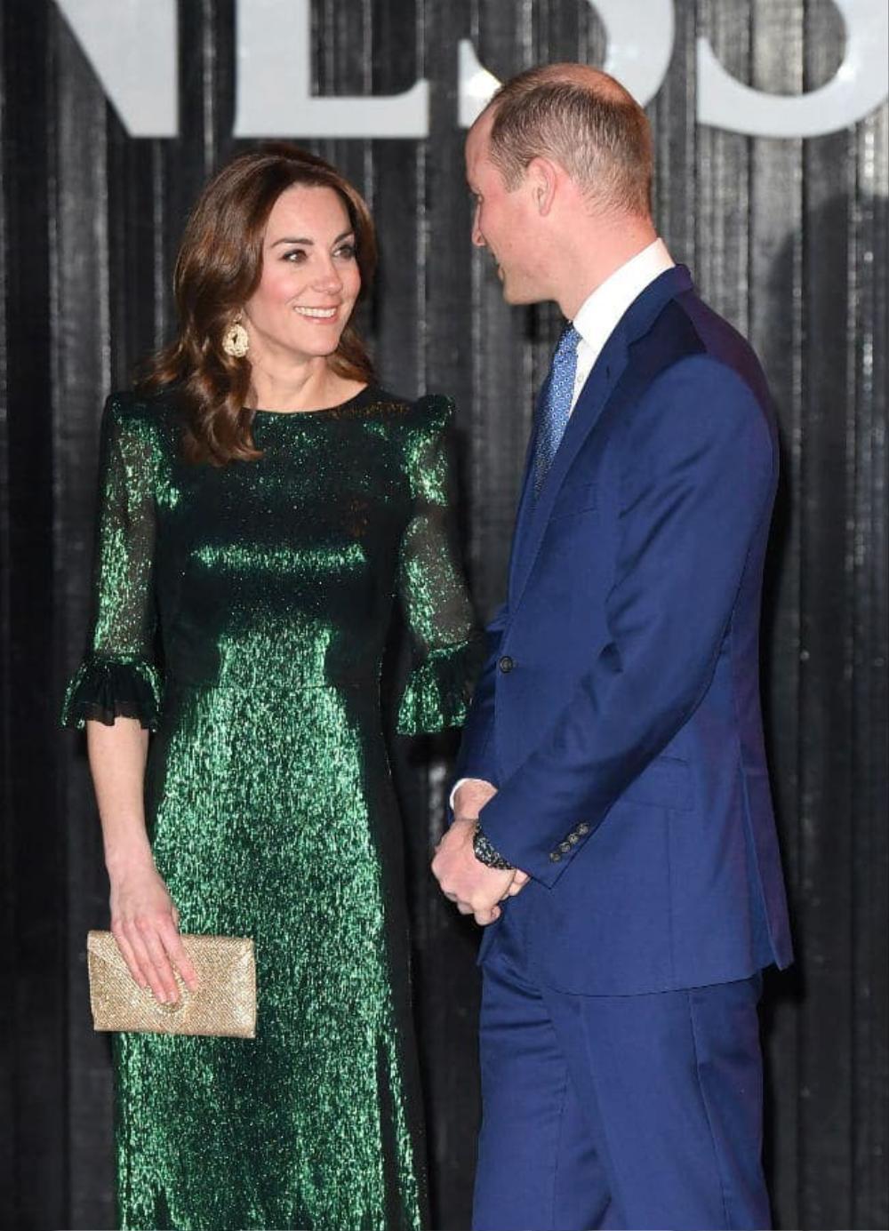 Bí ẩn tủ đồ Hoàng gia: Tại sao Kate Middleton thích mặc màu xanh lá cây? Ảnh 7