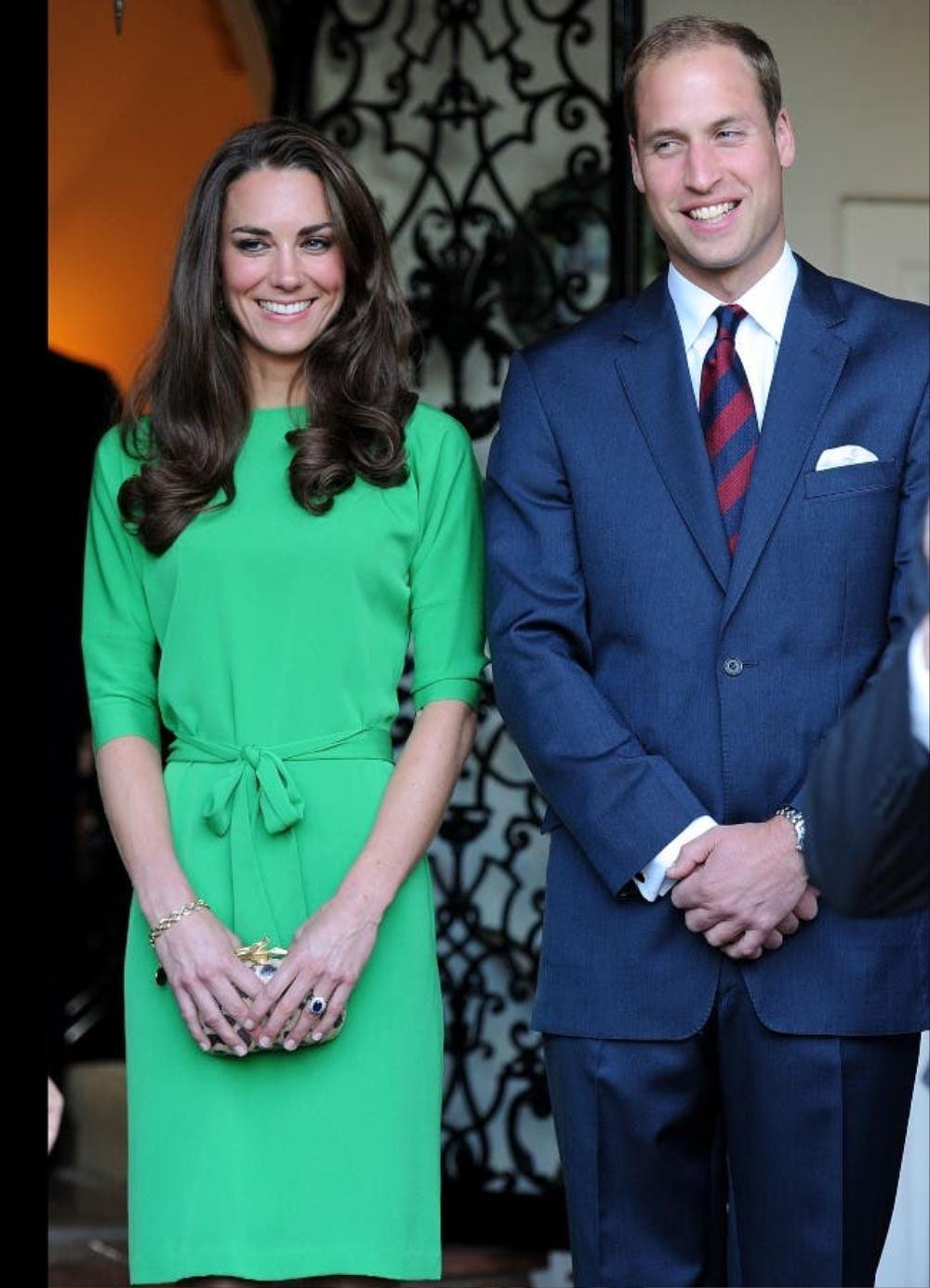 Bí ẩn tủ đồ Hoàng gia: Tại sao Kate Middleton thích mặc màu xanh lá cây? Ảnh 13