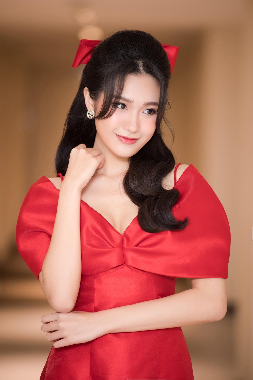 Top 10 Hoa hậu Việt Nam 2020 - Doãn Hải My diện áo dài đỏ chiếm spotlight, nhan sắc rạng rỡ Ảnh 5