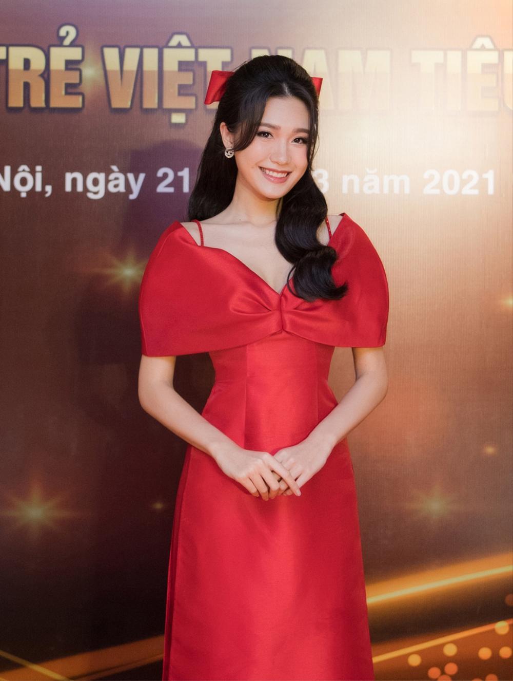 Top 10 Hoa hậu Việt Nam 2020 - Doãn Hải My diện áo dài đỏ chiếm spotlight, nhan sắc rạng rỡ Ảnh 8