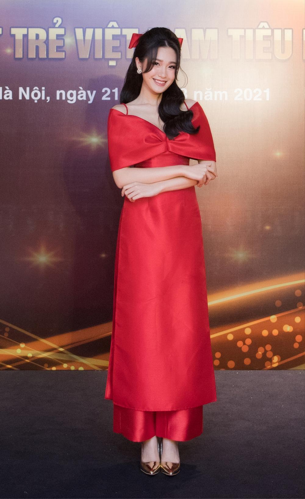 Top 10 Hoa hậu Việt Nam 2020 - Doãn Hải My diện áo dài đỏ chiếm spotlight, nhan sắc rạng rỡ Ảnh 9