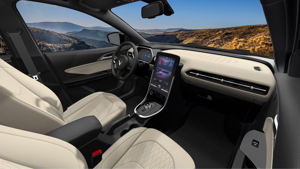 VinFast mở bán ôtô điện đầu tiên, sạc đầy pin đi được 300km Ảnh 5