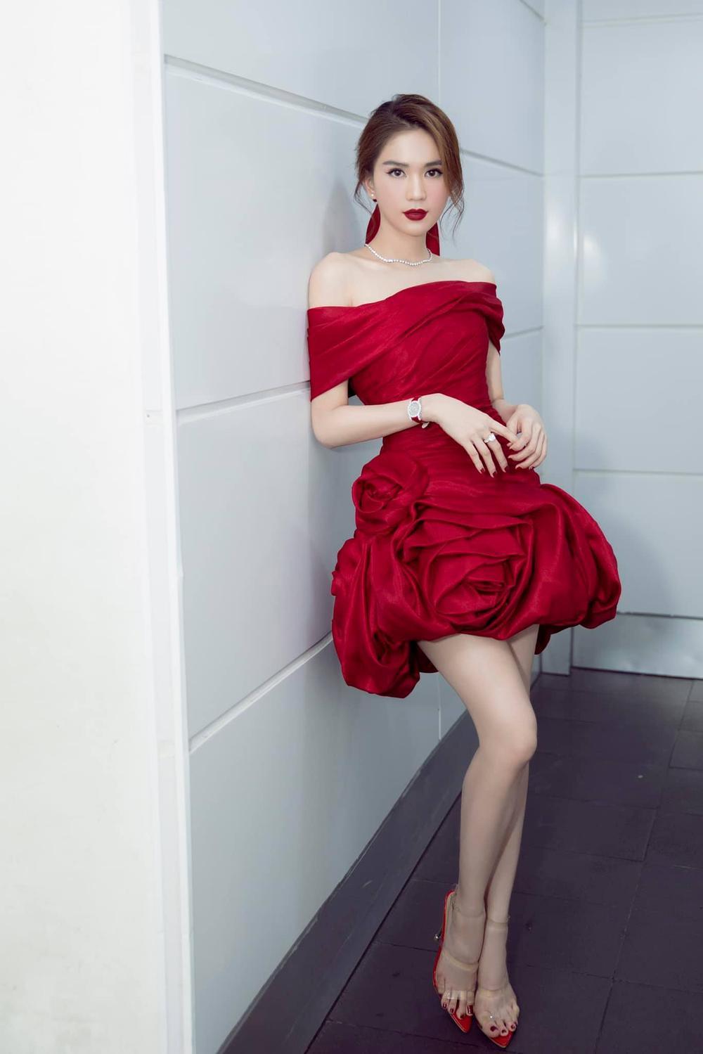 Ngọc Trinh: Hành trình từ Siêu mẫu Việt Nam đến nữ hoàng nội y 'bất bại' Ảnh 18