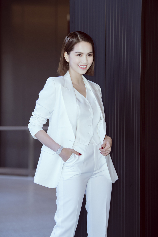 Ngọc Trinh: Hành trình từ Siêu mẫu Việt Nam đến nữ hoàng nội y 'bất bại' Ảnh 11