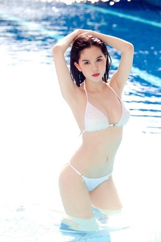 Ngọc Trinh: Hành trình từ Siêu mẫu Việt Nam đến nữ hoàng nội y 'bất bại' Ảnh 4