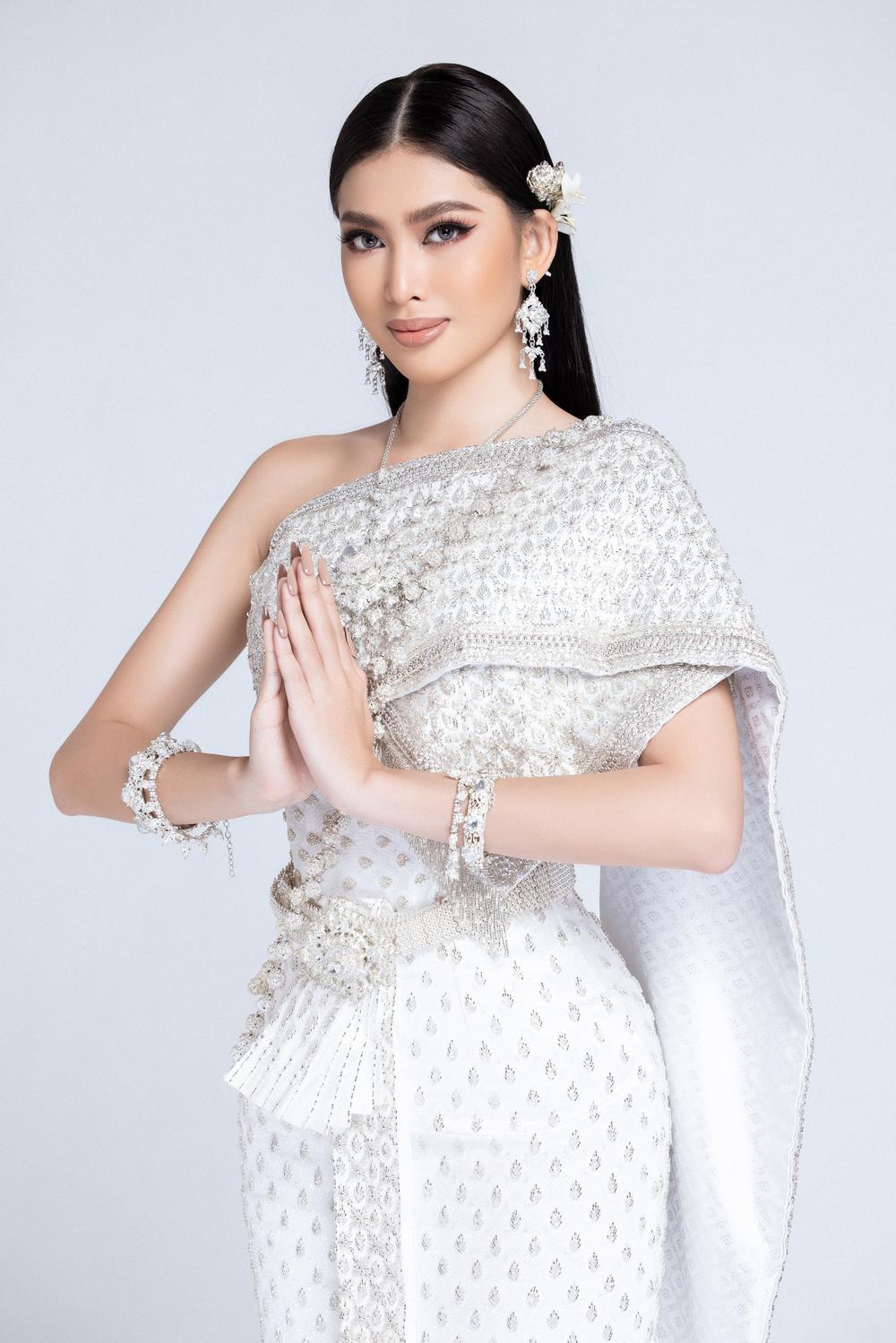 Hành trình lọt Top 20 của Ngọc Thảo: Nàng hậu 21 tuổi bản lĩnh chinh phục Miss Grand giữa mùa dịch! Ảnh 15