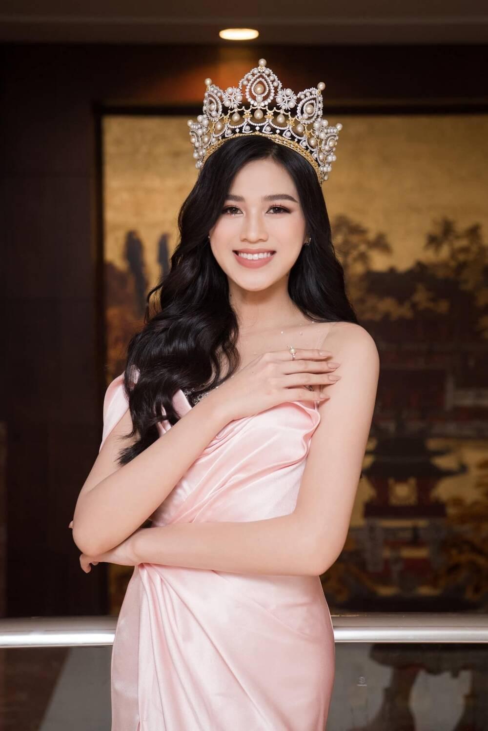 Từng bị chê tơi tả vì kém sắc, hoa hậu Đỗ Thị Hà lấy lại phong độ: Đơn giản mà lại xinh ngút ngàn! Ảnh 10
