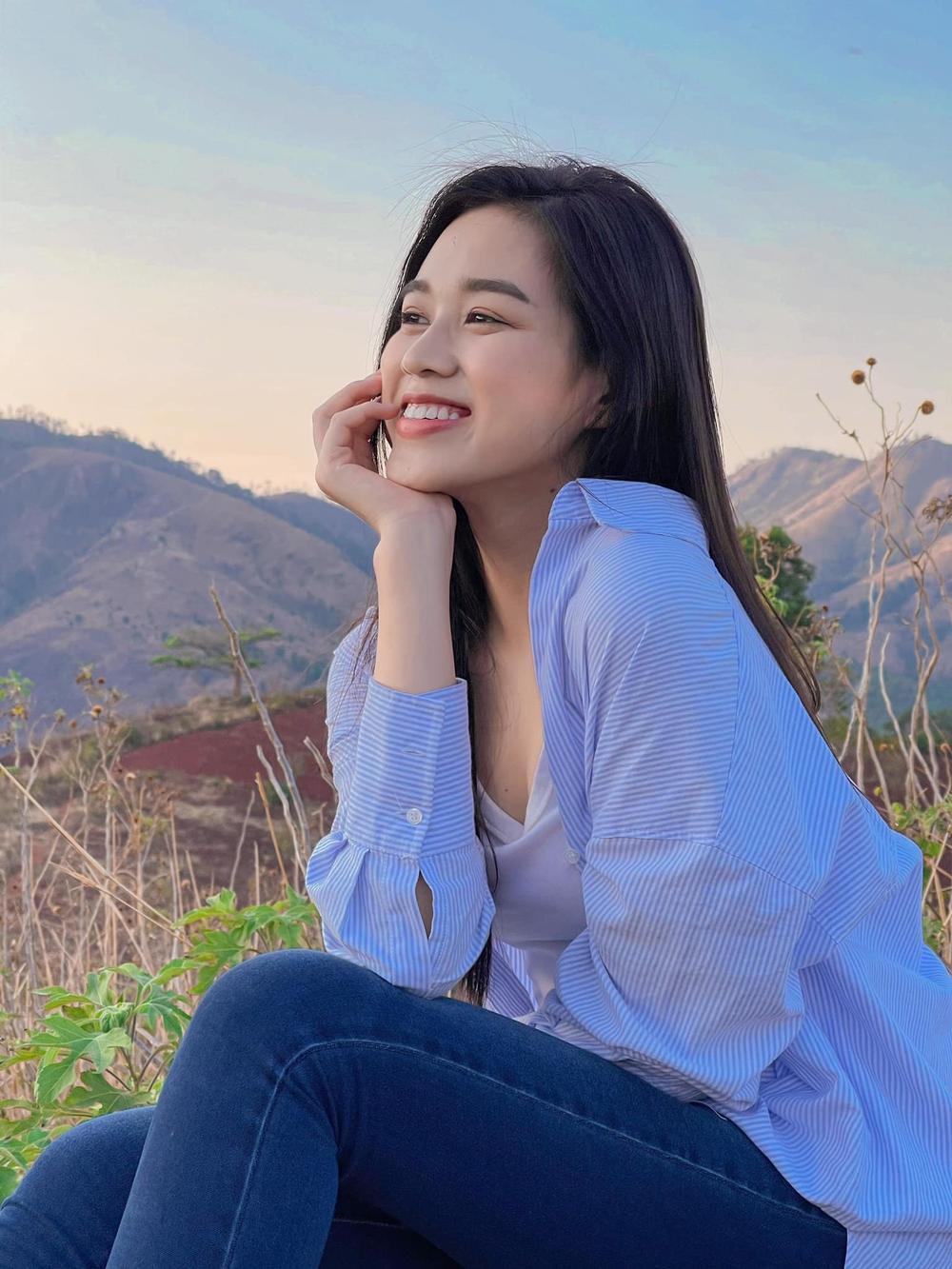 Từng bị chê tơi tả vì kém sắc, hoa hậu Đỗ Thị Hà lấy lại phong độ: Đơn giản mà lại xinh ngút ngàn! Ảnh 7