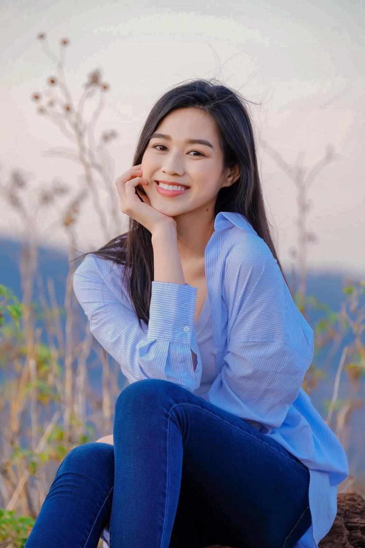 Từng bị chê tơi tả vì kém sắc, hoa hậu Đỗ Thị Hà lấy lại phong độ: Đơn giản mà lại xinh ngút ngàn! Ảnh 6