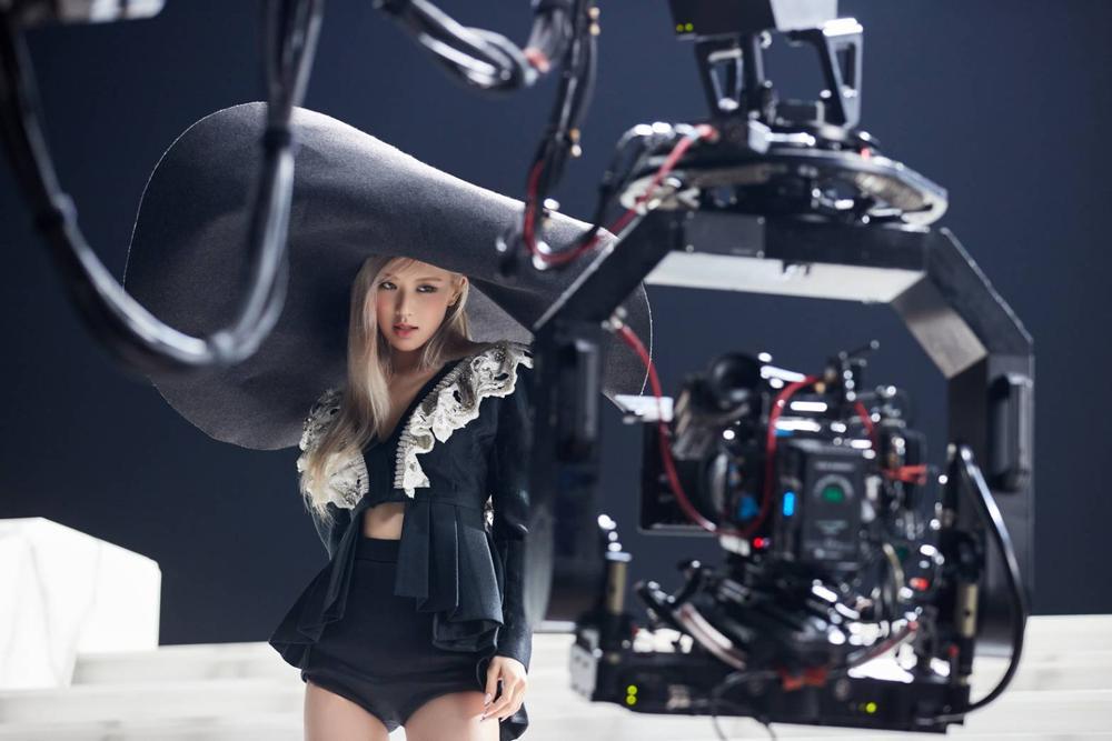 Hot Tiktoker mới nổi gọi tên Rosé (BlackPink): Thu về 8,9 lượt theo dõi, có clip đạt 67 triệu lượt xem Ảnh 5