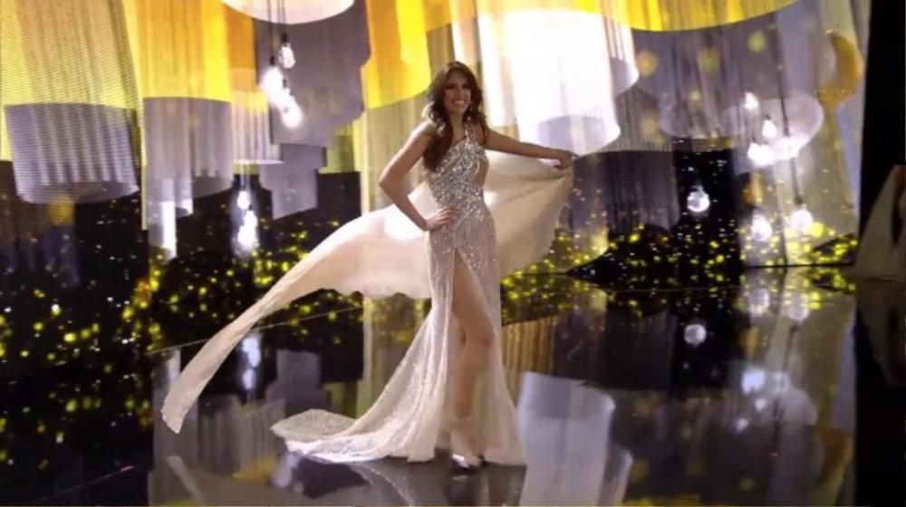 'Bung luạ' quá tay, đối thủ Ngọc Thảo để lộ hết vùng nhạy cảm trên sóng Miss Grand International Ảnh 5
