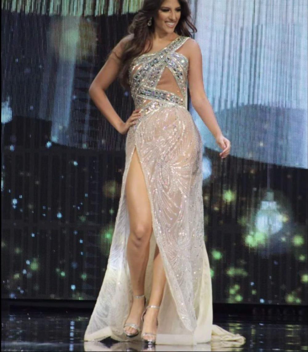 'Bung luạ' quá tay, đối thủ Ngọc Thảo để lộ hết vùng nhạy cảm trên sóng Miss Grand International Ảnh 6
