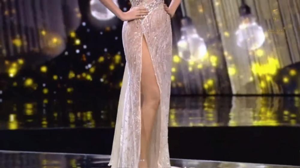 'Bung luạ' quá tay, đối thủ Ngọc Thảo để lộ hết vùng nhạy cảm trên sóng Miss Grand International Ảnh 2