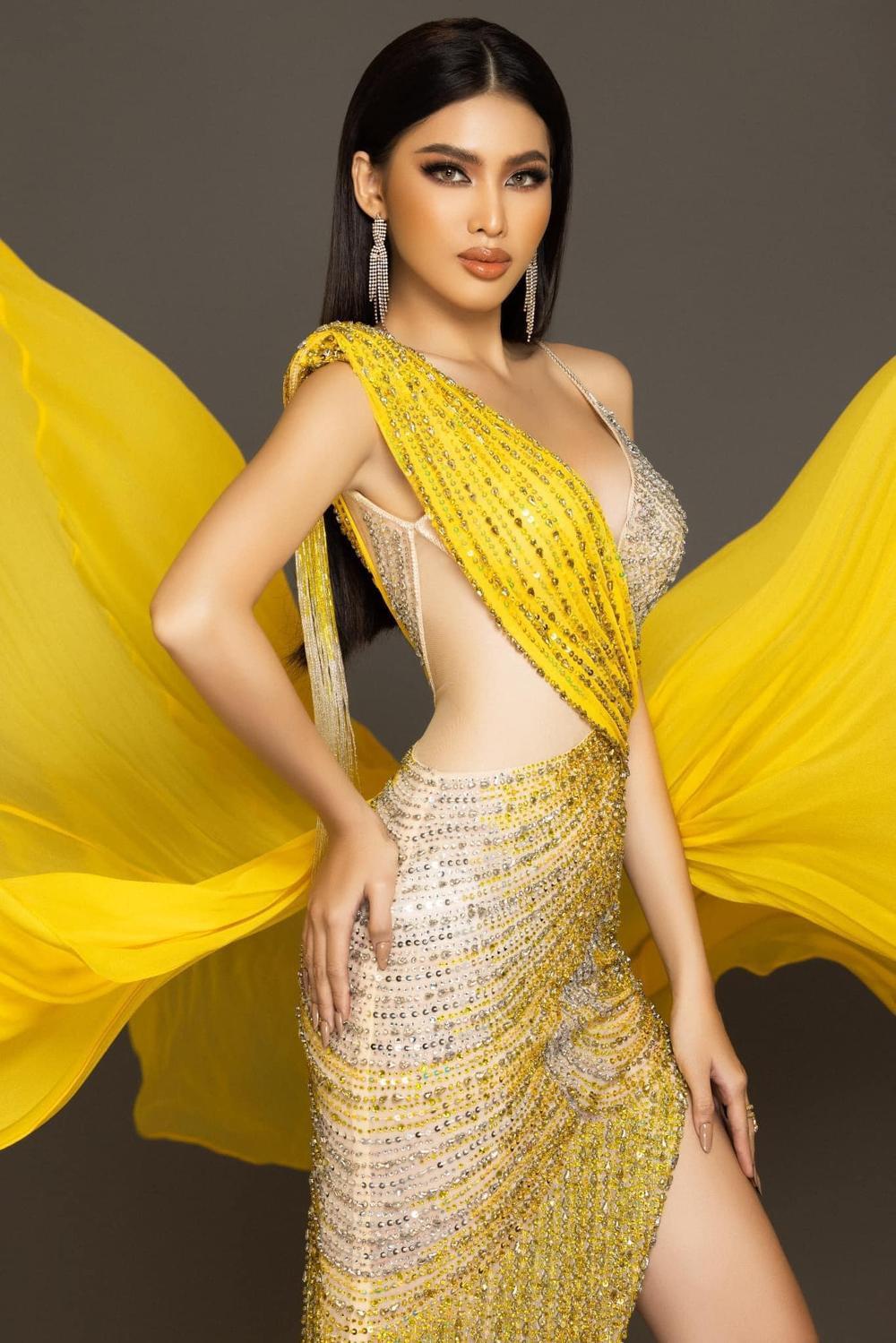7 bộ váy dạ hội đẹp tinh xảo mà Ngọc Thảo không có cơ hội trình diễn tại Miss Grand International Ảnh 9