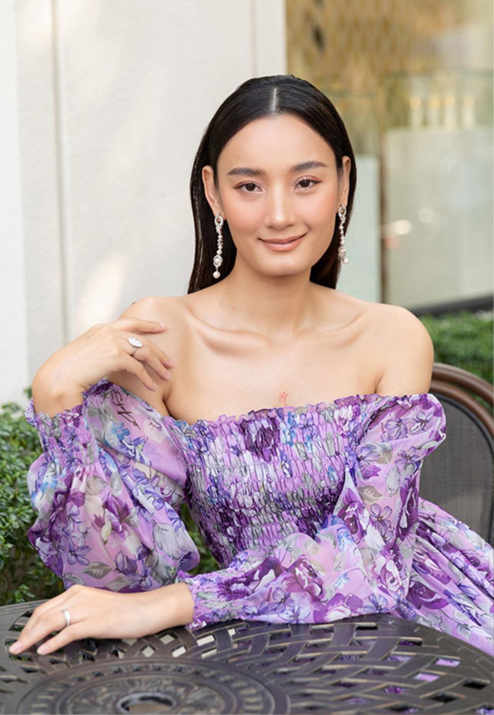 Hoa hậu Đặng Thu Thảo lấn át siêu mẫu Lê Thúy khi diện váy tím bay bổng Ảnh 4