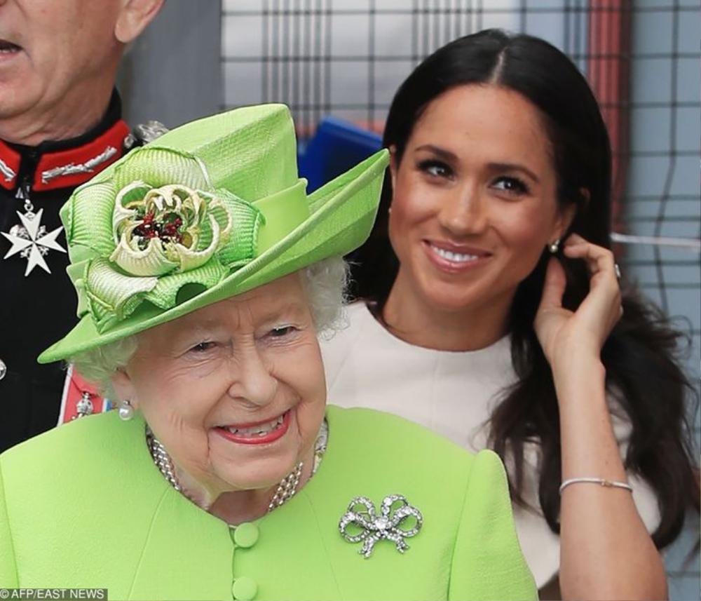11 lần Nữ hoàng Elizabeth phá vỡ nguyên tắc Hoàng gia Ảnh 5