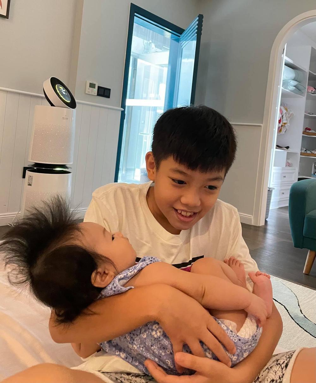 Subeo khiến dân tình 'lịm tim' vì tình yêu dành cho em gái Suchin Ảnh 4