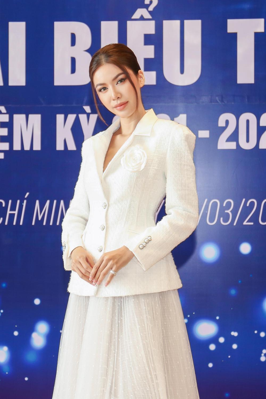 Lan Khuê - Minh Tú đối đầu phong cách tại Đại hội Hội người mẫu Việt Nam: Đẳng cấp Siêu mẫu là đây! Ảnh 5