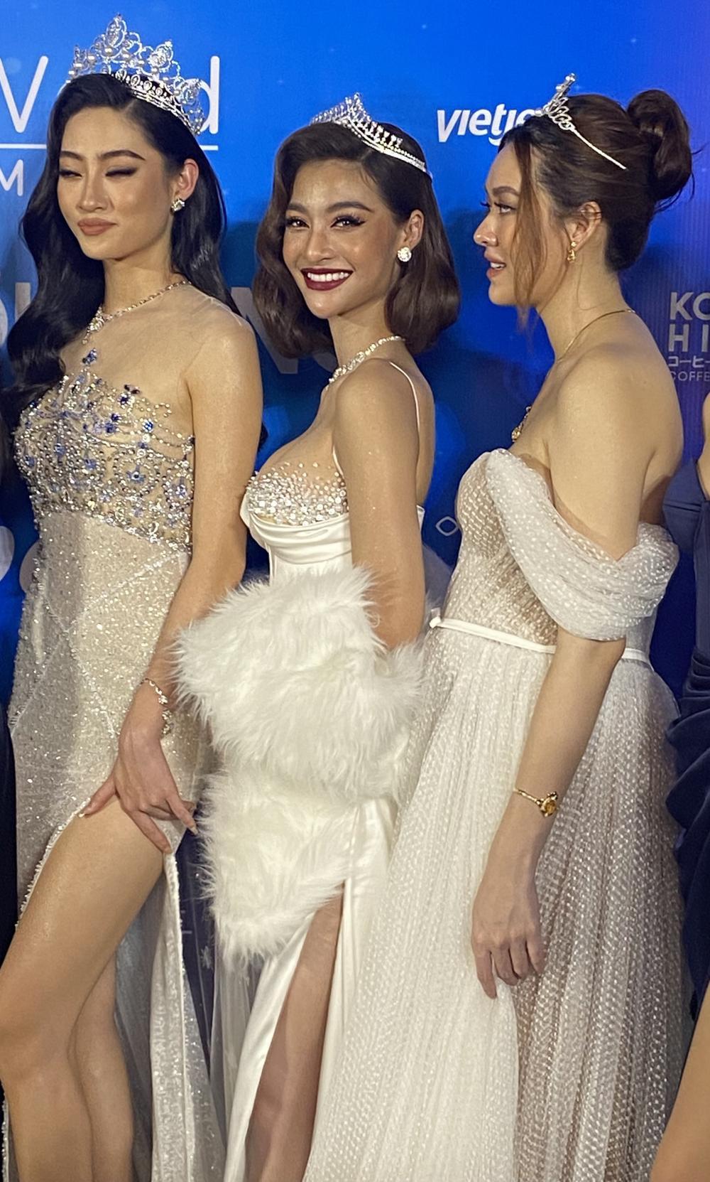 Á hậu Tường San diện váy bồng bềnh để lộ vòng 2 lùm xùm, fan chúc mừng 'chị đẹp' mang thai con đầu lòng? Ảnh 2