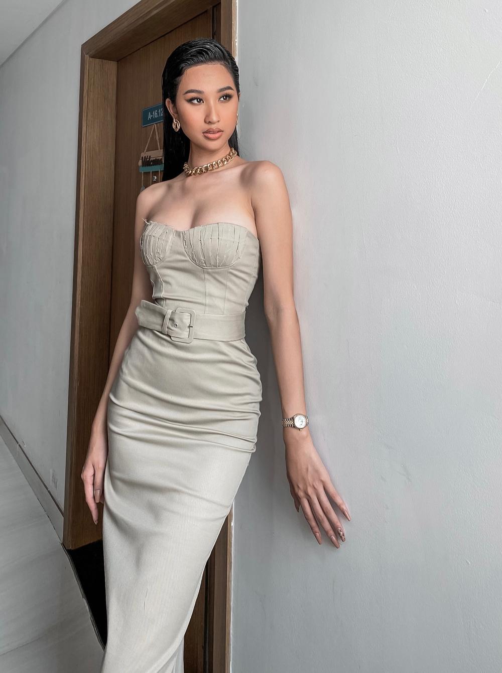 Top 10 MUV 2019 Phạm Thư khoe đường cong bốc lửa, vòng 1 quyến rũ chuẩn beauty queen Ảnh 5