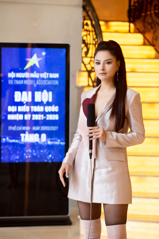 Siêu mẫu Vũ Thu Phương đảm nhận trọng trách của Đoàn chủ tịch Hội Người mẫu Việt Nam Ảnh 2