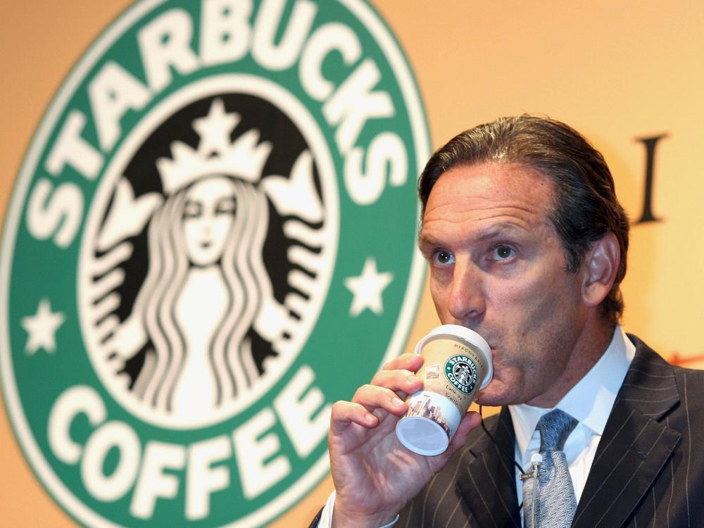 Howard Schultz: Từ 'giấc mơ Mỹ tan vỡ', khoảnh khắc ám ảnh năm 7 tuổi tới ông chủ Starbucks tỷ đô Ảnh 3
