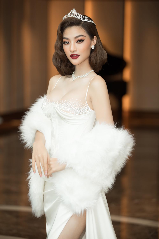 Miss World Vietnam mời Tiểu Vy - Lương Thùy Linh làm giám khảo chính: Tuổi 21 có đủ sức cầm cân nảy mực? Ảnh 8