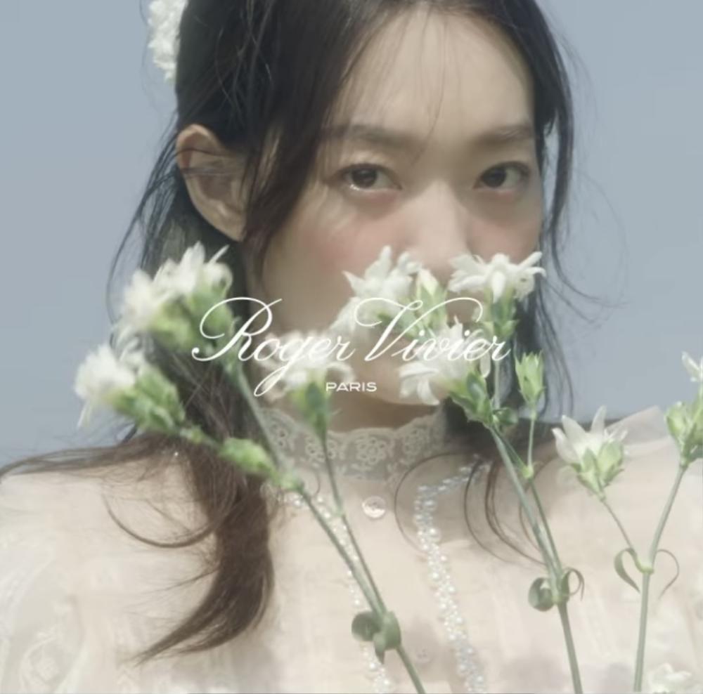 """Mở đầu """"Tháng Tư là lời nói dối của anh"""": Shin Min Ah xuất thần trong bộ ảnh cưới với Kim Woo Bin? Ảnh 4"""
