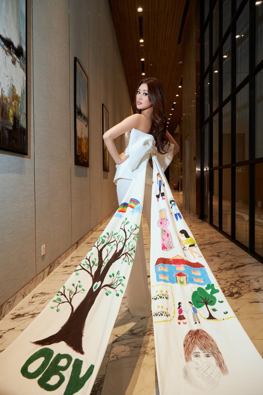 Stylist ruột của H'Hen Niê chê nặng nề khiến Khánh Vân bật khóc: Sao chịu nổi áp lực Miss Universe? Ảnh 6